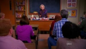 The Middle: S02E17